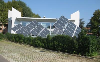 solar-panels-538114_640