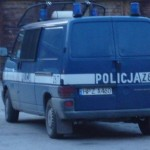 Pruszków: Tajemnicza śmierć w bloku przy ul. Kraszewskiego. Tuż obok komendy policji