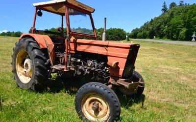 Ciągnik przejechał rolnika