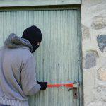 Dwunasto- i piętnastolatek okradali domy w Łomiankach
