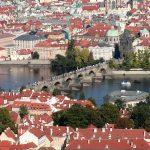 Pociągiem z Pruszkowa, Grodziska i Warszawy prosto do czeskiej Pragi
