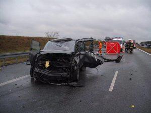 wypadek-autostrada-a2-rozpedzony-tir-renault-2