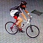 Ekshibicjonista-rowerzysta posiedzi dłużej