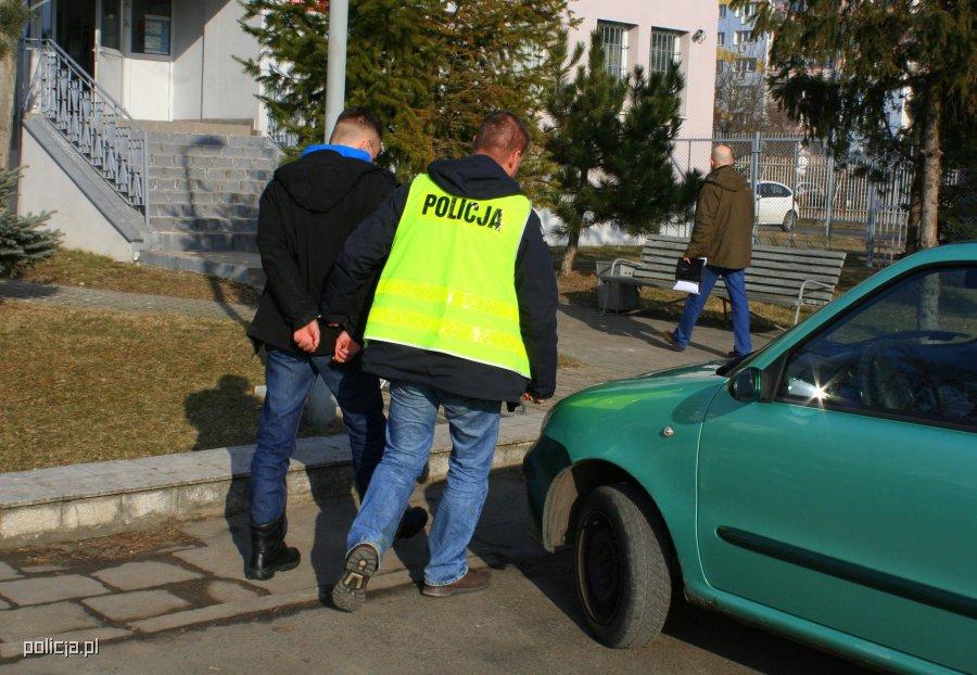 wrozbita-sylwester-b-aresztowany