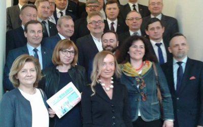 powiekszenie-warszawy-18-gmin