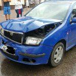 Zderzenie dwóch samochodów w Ożarowie. Dziecko w aucie [FOTO]