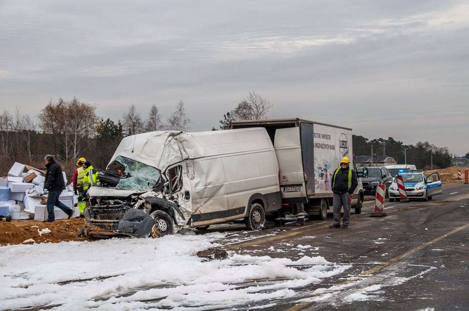 wypadek-bus-tir-trasa-katowicka-6