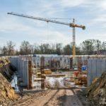 Budowa błońskiego Centrum Sportu idzie do przodu. Już w przyszłym roku mieszkańcy wykąpią się w basenie [FOTO]