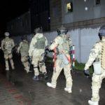Nalot na Wólkę Kosowską. Mundurowi zabezpieczyli podróbki za 10 mln zł! [FOTO, WIDEO]