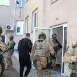 Brutalne porwanie właściciela kantoru dla okupu. Policja zatrzymała podejrzanych [FOTO, WIDEO]