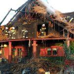 Pożar zboża w Kłudnie Starym i drewnianego domu w Żelechowie [FOTO]