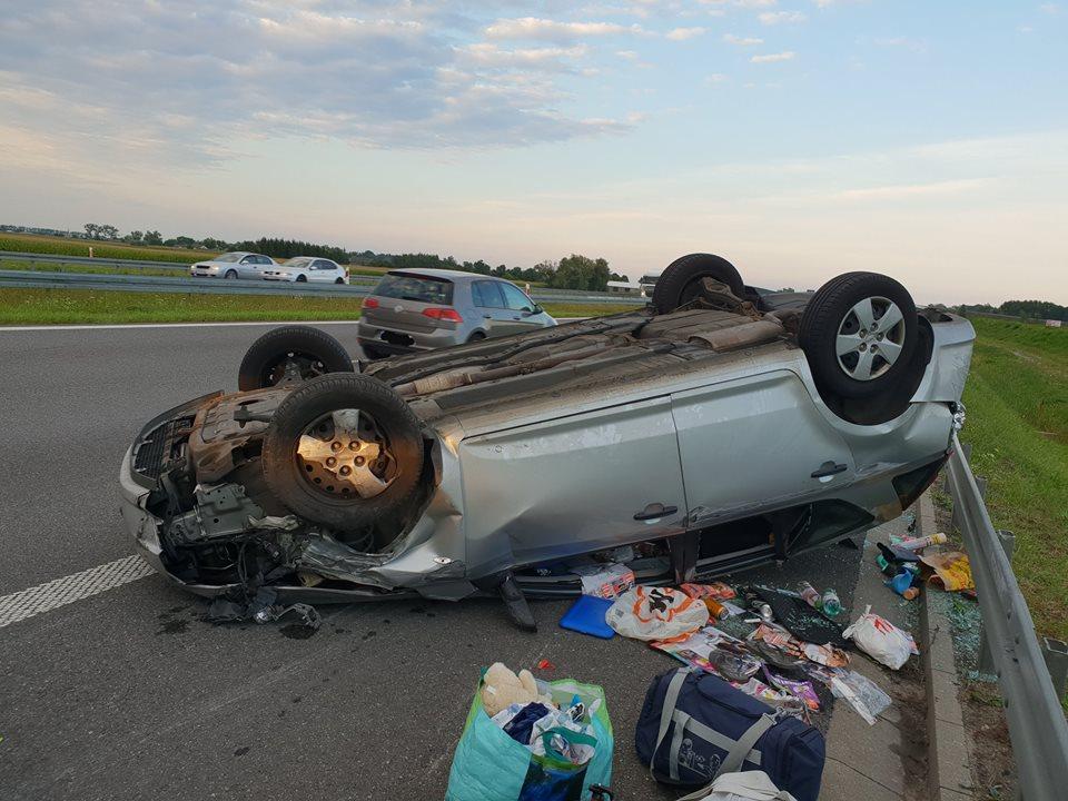 wypadek-autostrada-11-08-6