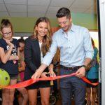 Oddział rehabilitacji w Centrum Zdrowia Dziecka jest jak nowy. Pieniądze na remont przekazali Anna i Robert Lewandowscy [FOTO]