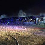 Duży pożar pod Ożarowem Mazowieckim. Znów płonęły dawne fermy drobiu