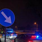 """Makabryczny wypadek na krajowej """"siódemce"""". Kierowca potrącił pieszego, a inny po nim przejechał"""