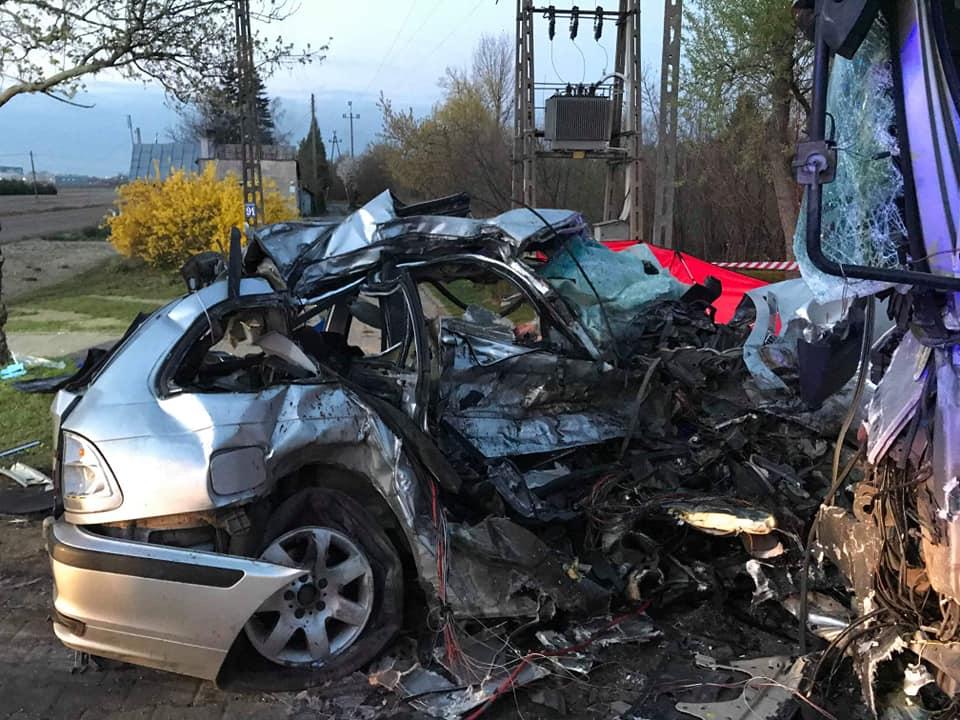 wypadek-blonie-kwiecien-2019-4