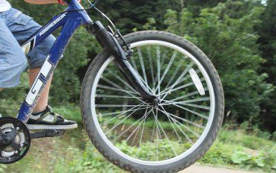 potracenie-hulajnoga-rower-grodzisk-pruszkow