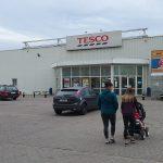 Koniec Tesco w Piastowie, na Gocławiu i na Woli