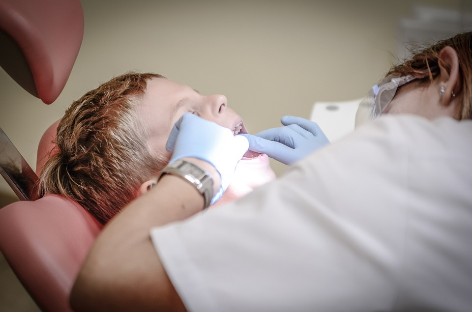 bezplatny-dentysta-dzieci-zyrardow
