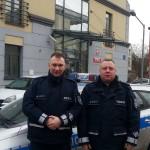 Policjanci uratowali z pożaru małżeństwo