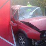 Kampinos: uderzył w drzewo, zginął na miejscu [FOTO]