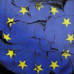 Boją się wyprowadzenia Polski z Unii Europejskiej, zorganizowali petycję w internecie. Kaczyński: takie sugestie to oszustwo i manipulacja