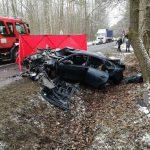 Po tragicznym wypadku w Walerianach: żałoba w liceum, policja szuka świadków. Pilnie potrzebna jest krew [FOTO]