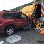 Poważny wypadek w Łomiankach. Dwie osoby ranne [FOTO]