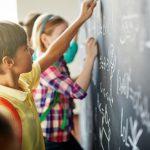Edukacja ogólna na Mazowszu. Kto tym razem sięgnie po fundusze unijne? [WIDEO]