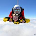 Spełnij swoje sny i skocz ze spadochronem w tandemie!