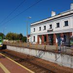 Dworce kolejowe w Błoniu, Sochaczewie i Celestynowie będą jak nowe