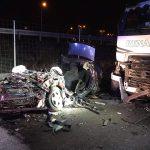 Śmiertelny wypadek na drodze serwisowej przy S8. Dwie osoby nie żyją [FOTO]